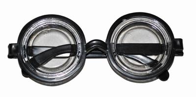Bril met jamppot glazen