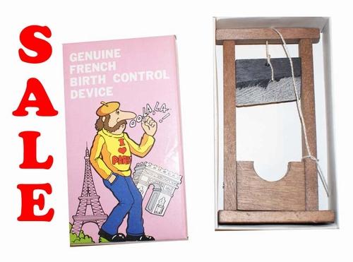 "Doosje  "" Genuine french birth control device """