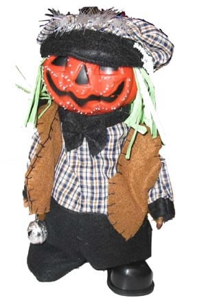 Halloween vogelverschrikker met pompoen hoofd