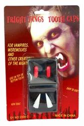 2  Vampier tanden + 2 bloed capsules
