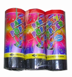 3 Party poppers