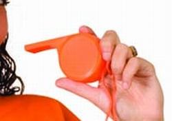 """Scheidsrechter fluit  groot  """" Oranje """""""